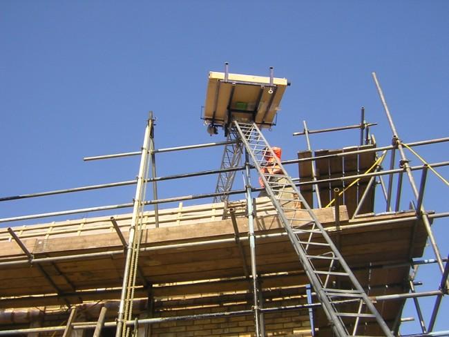 Solar Lifting Equipment