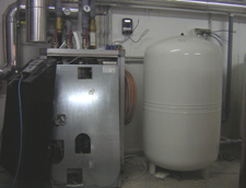500L Expansion Tank with a 200sqm Stratifide Solar Pumping Station